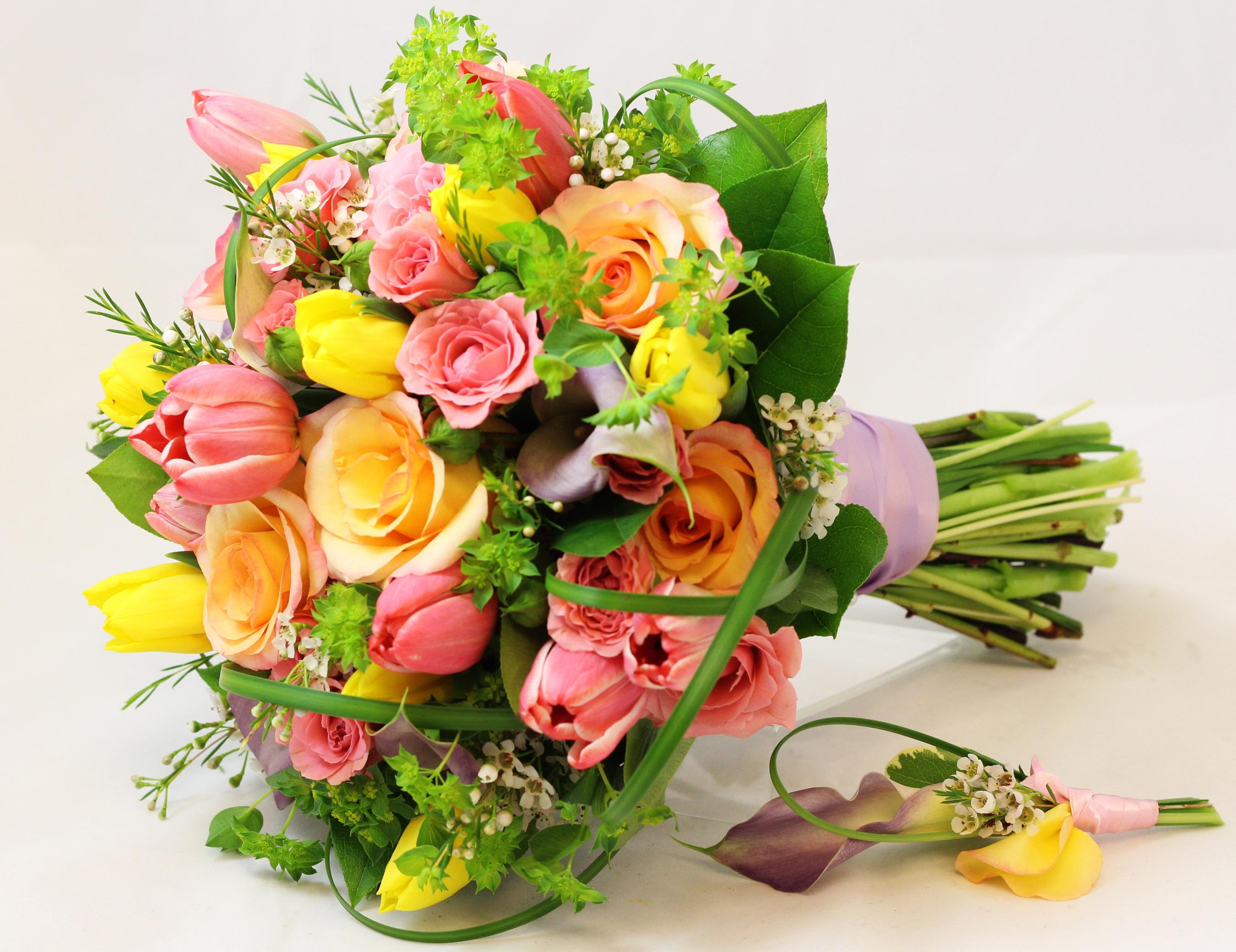 букеты из роз и тюльпанов картинки фото она