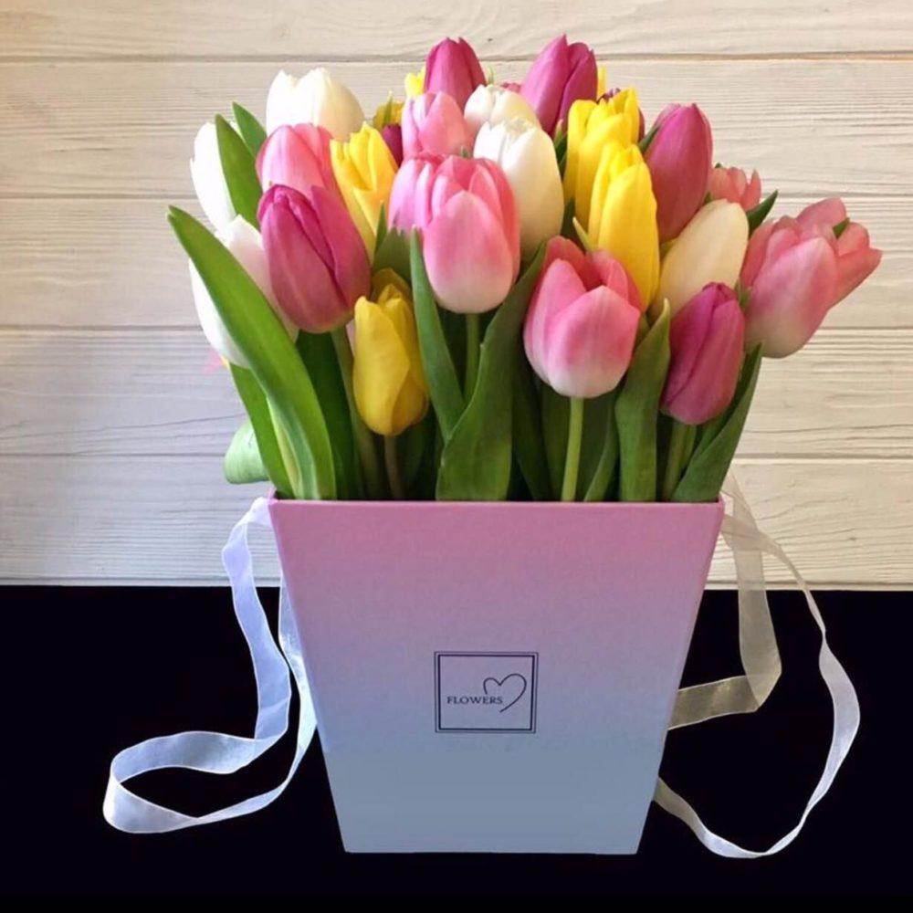 Тюльпаны в коробке картинки с днем рождения